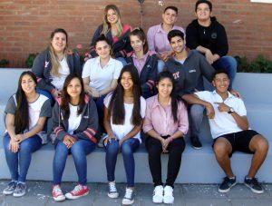 Alumnos egresados de la Orientación en Turismo.